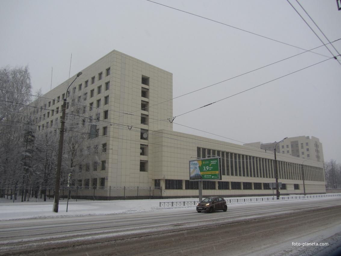 Угол  Большая Пороховская ул. и  Энергетиков пр.