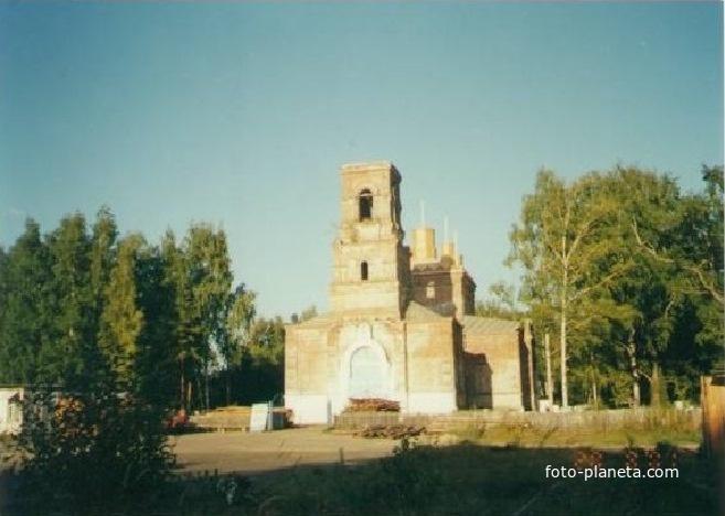 Спасо-Преображенский храм в Андреевских Выселках.