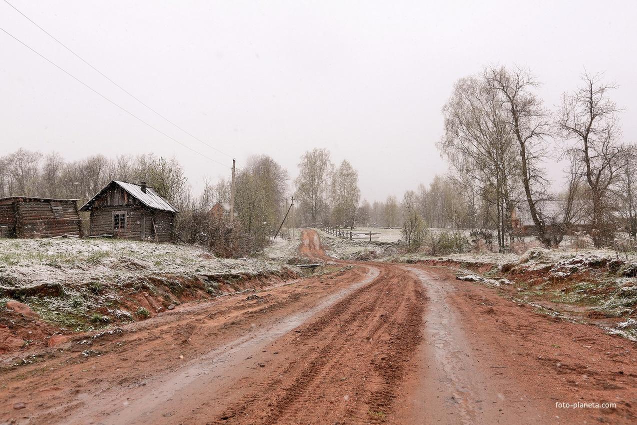 Деревня Крутой ручей, май 2017 г.