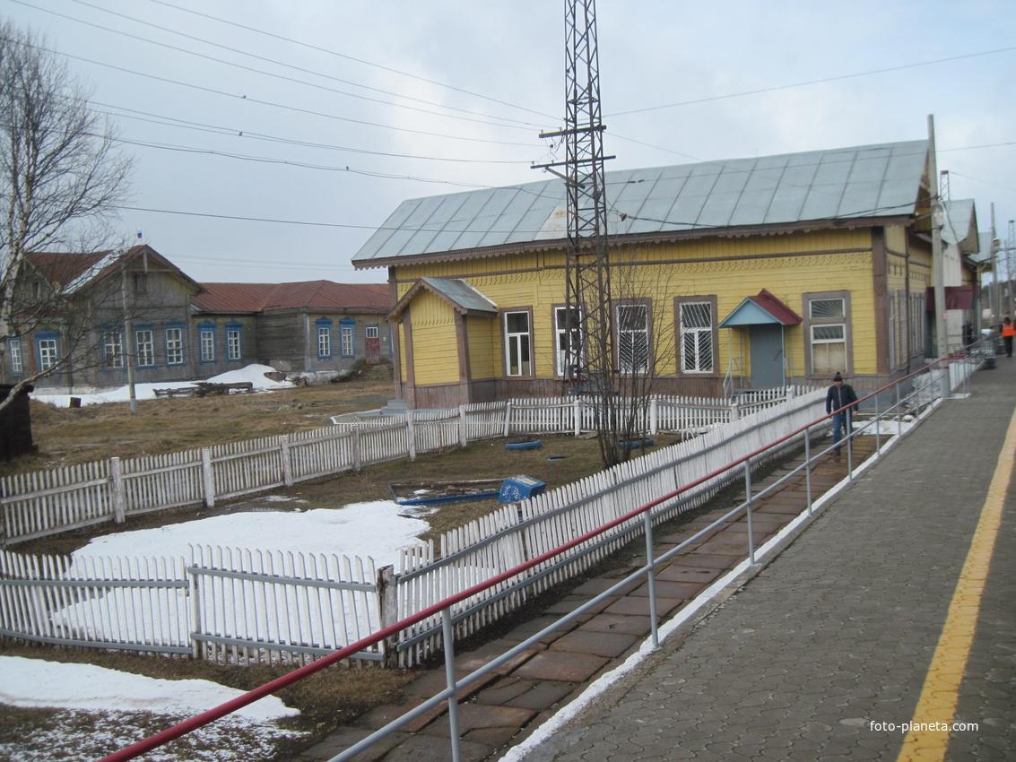 Станция Бисер