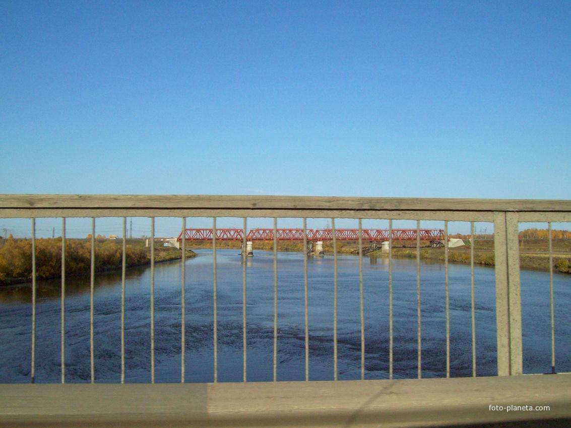 Трасса  Р-255 Сибирь. Мост через реку Кию