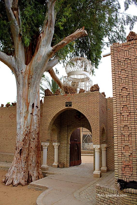 Таузар. В зооботаническом парке. | Тунис