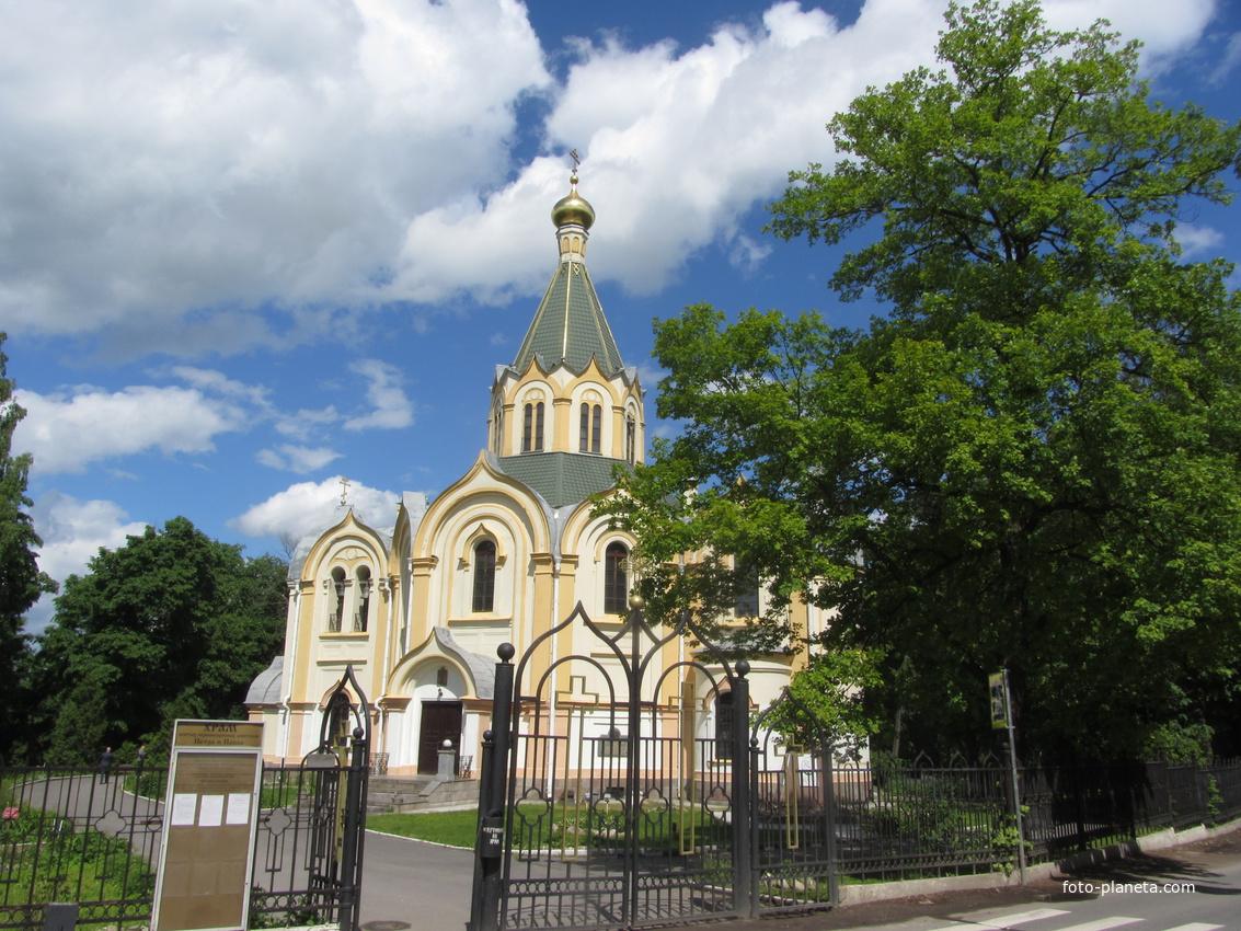 Любань. Церковь Петра и Павла.