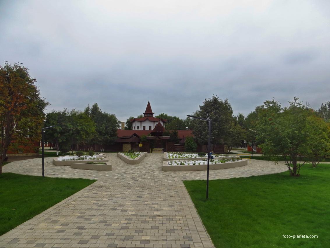 Сквер Лемаева