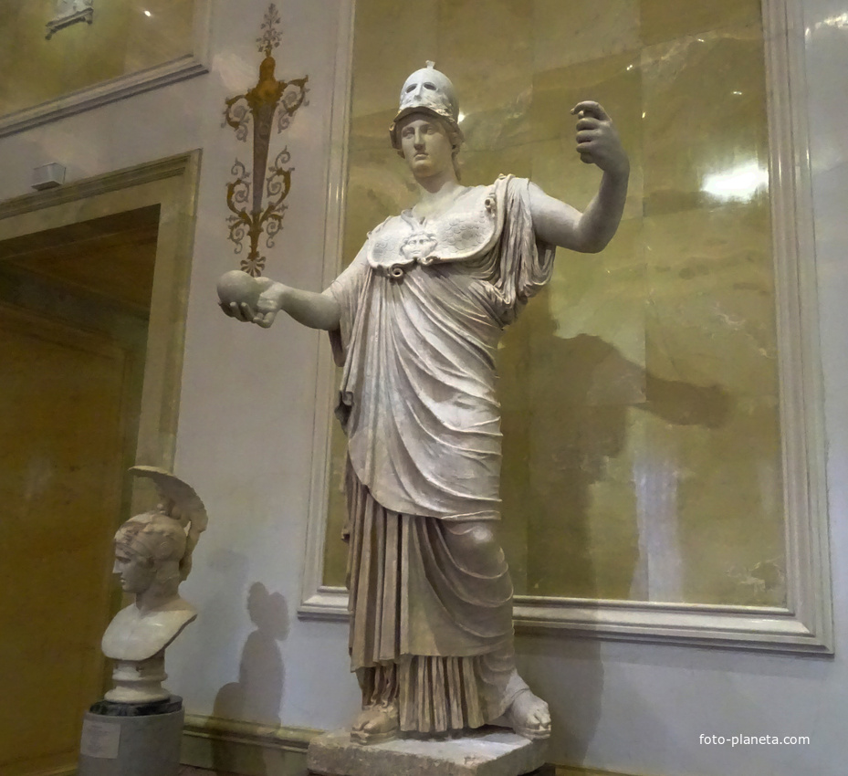 Зал Афины. Статуя Афины - богини мудрости. | Музей Эрмитаж