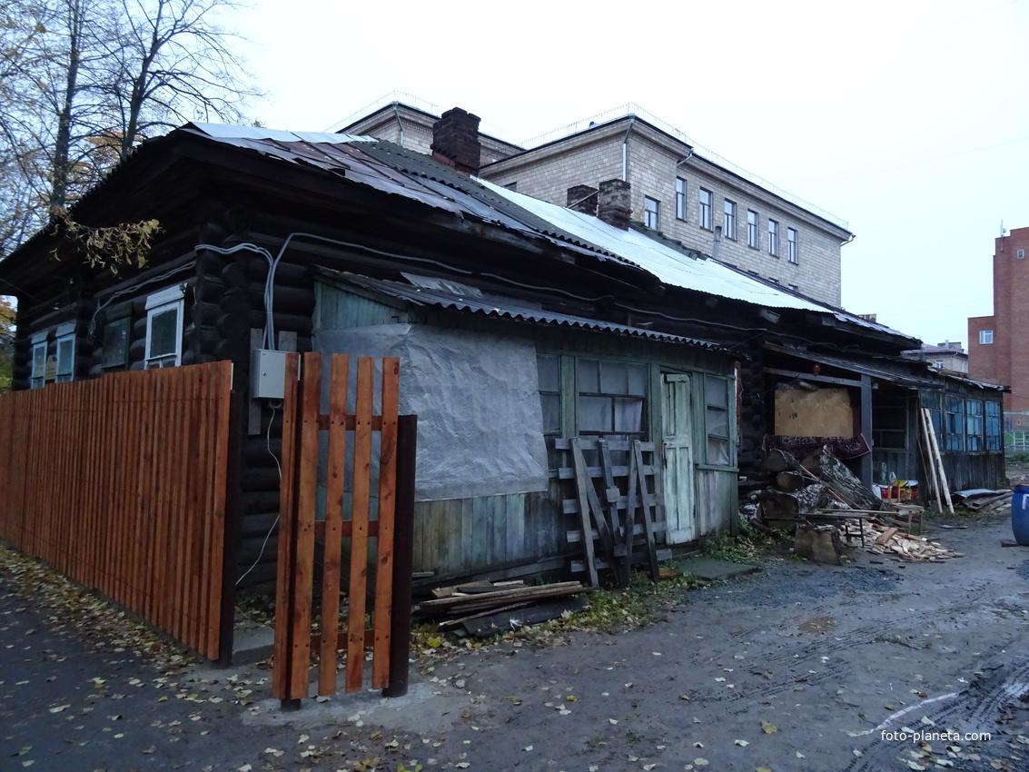 Улица Еремеева, 9