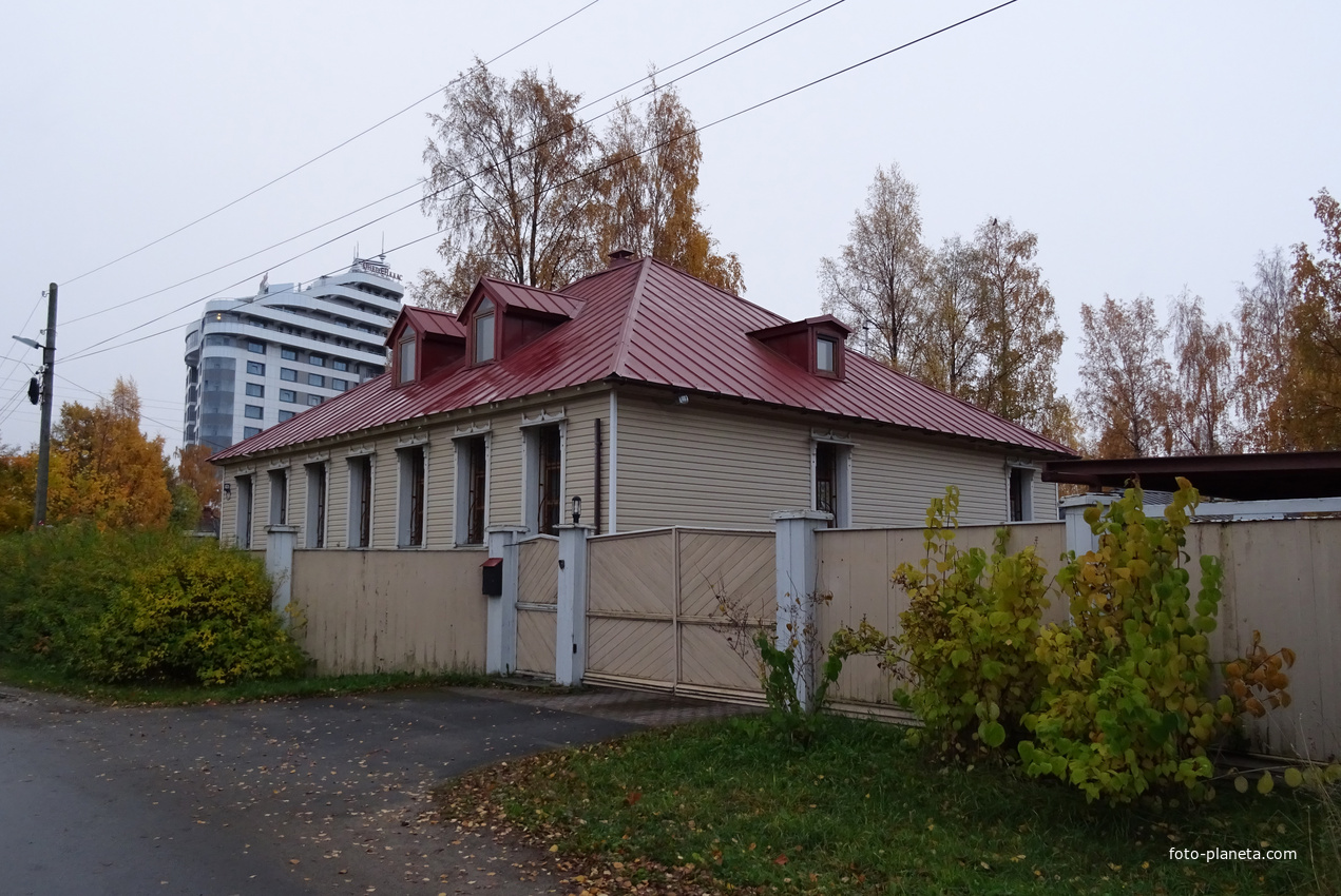 Улица Федосовой, дом 11