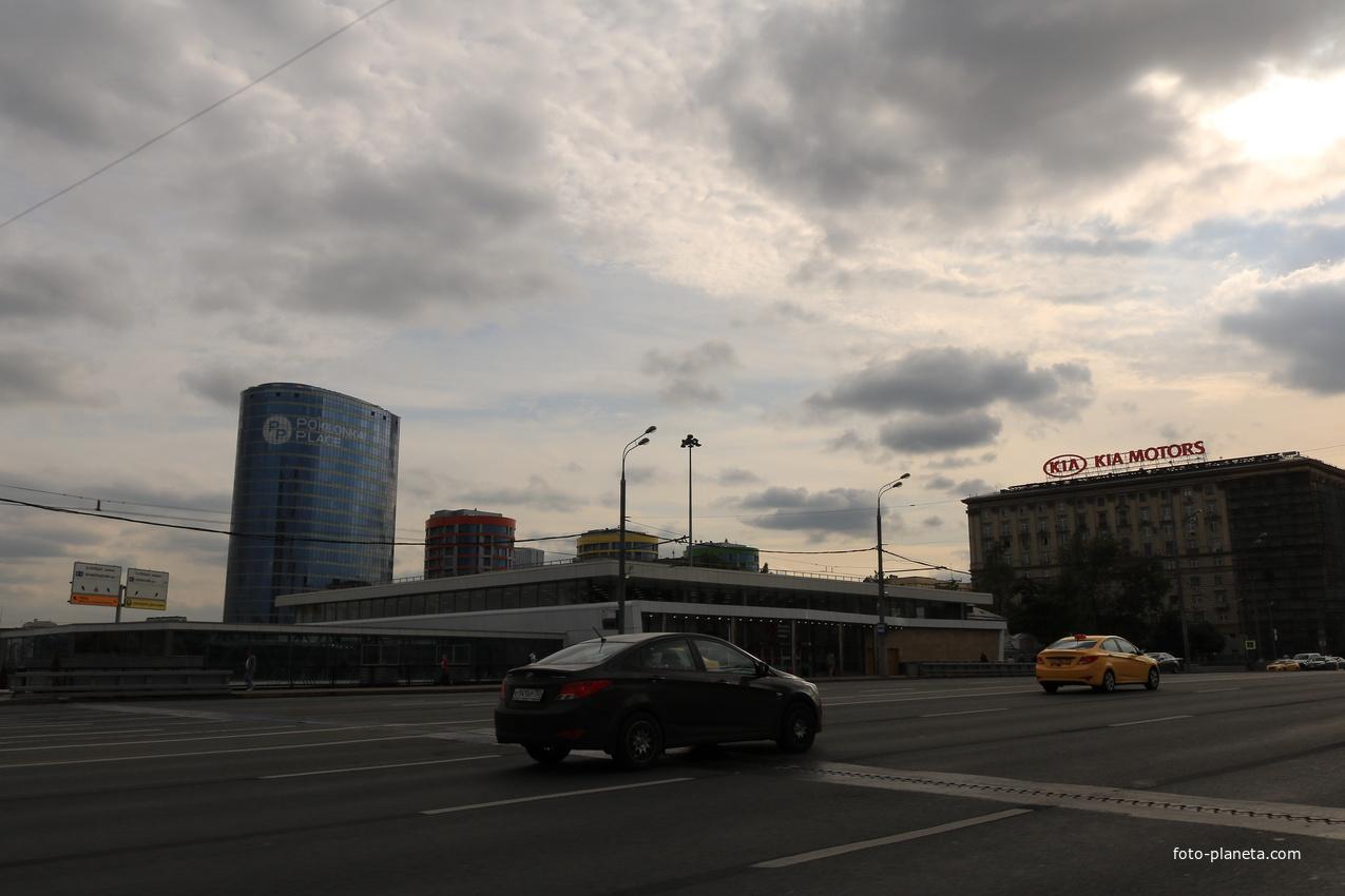 Станция метро Кутузовская