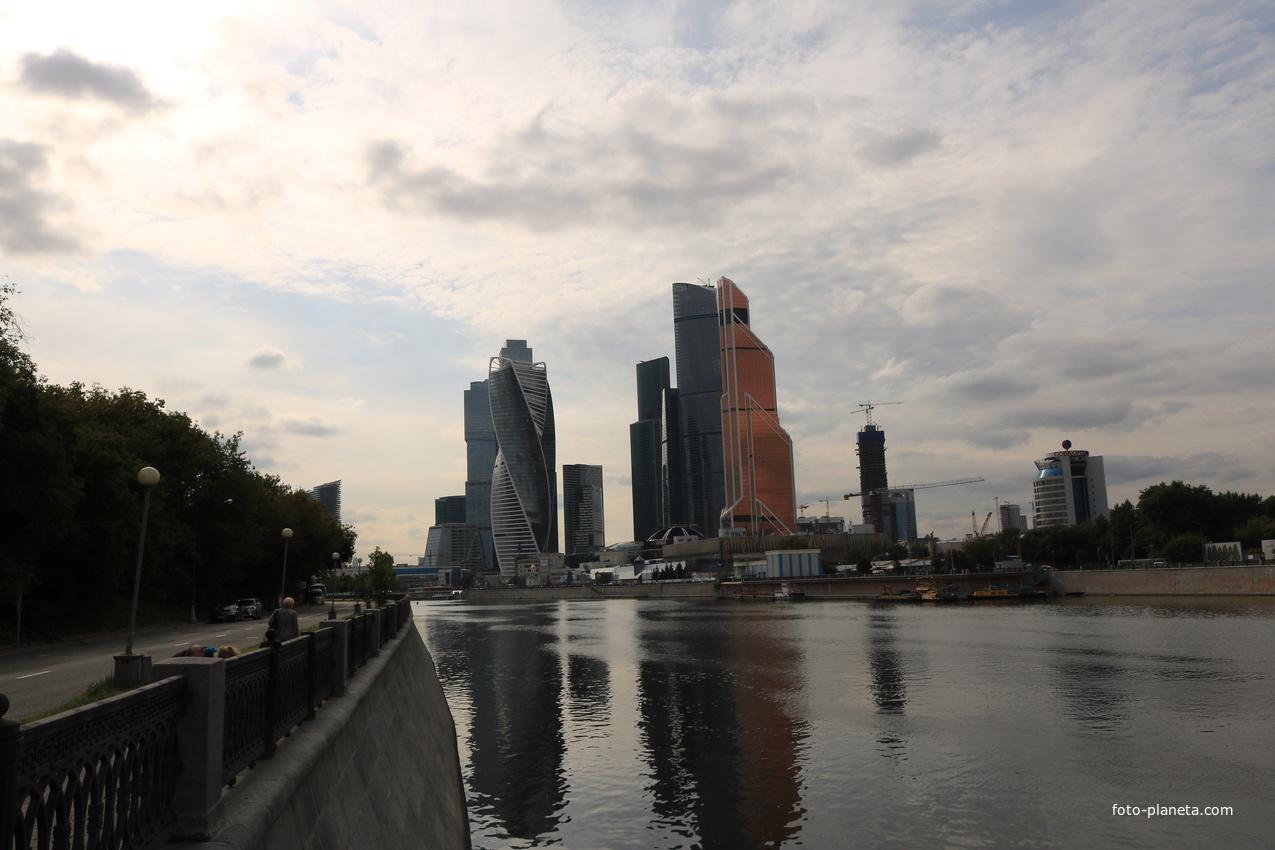 Набережная Тараса Шевченко, река Москва | Дорогомилово