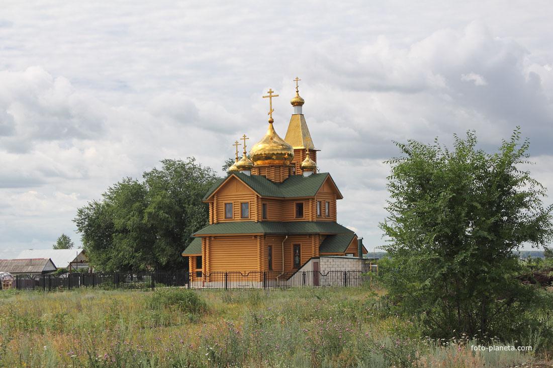 Храм   Верхний Сускан (Ставропольский район)