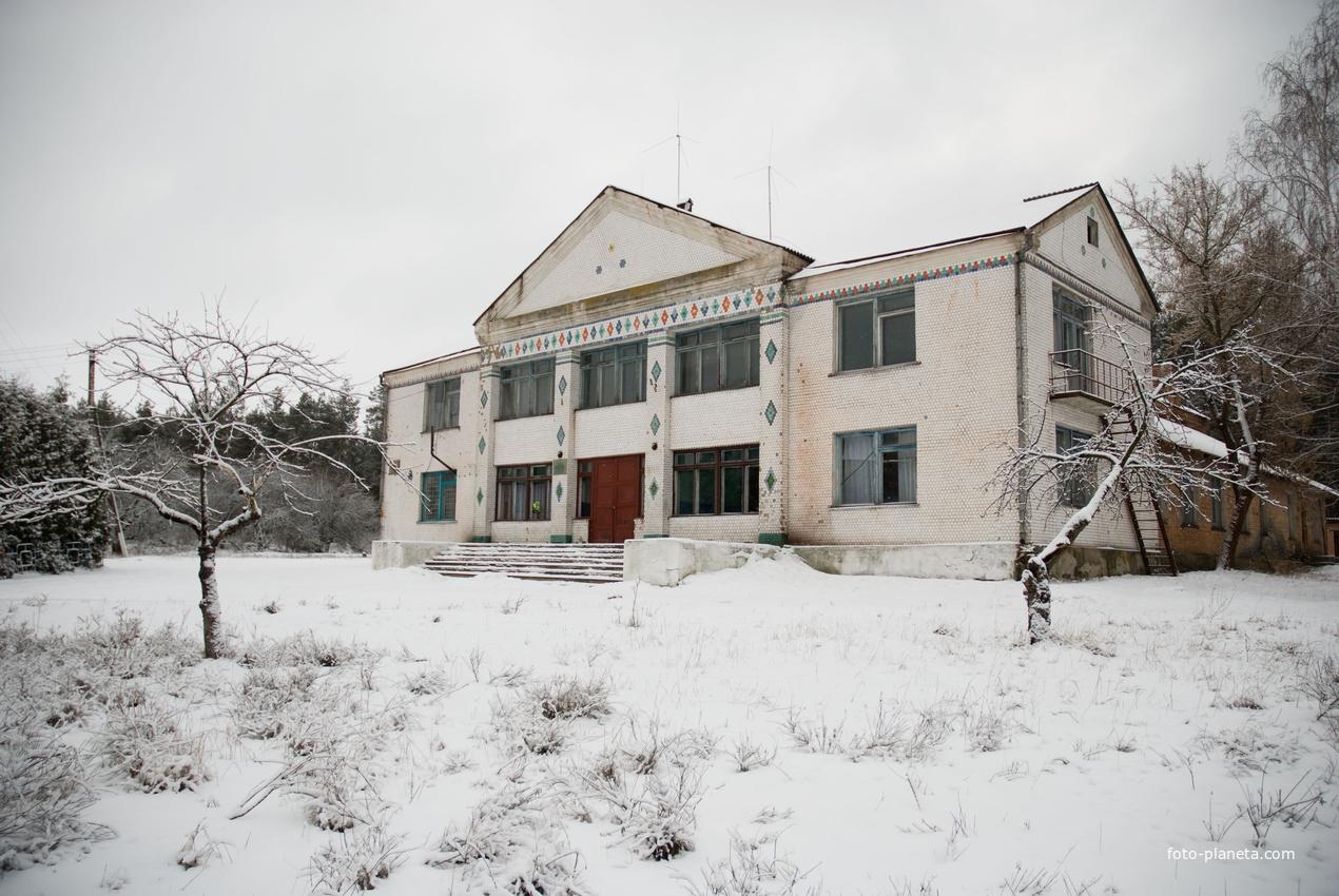 Клуб (дом культуры)