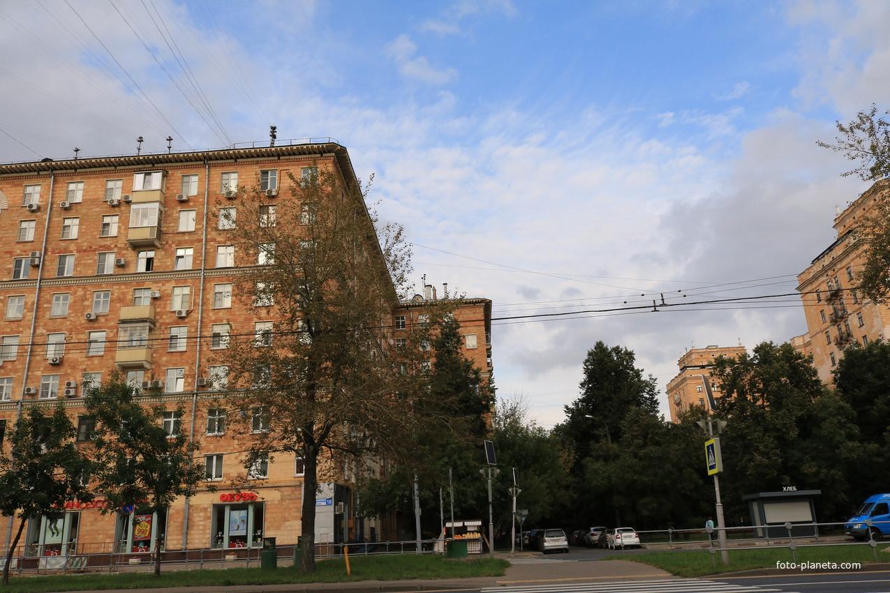 Ломоносовский проспект