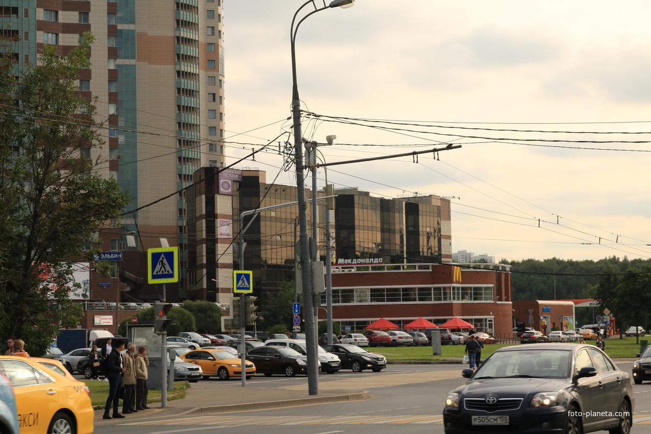 Бизнес-центр Манхеттен | Обручево (Москва)