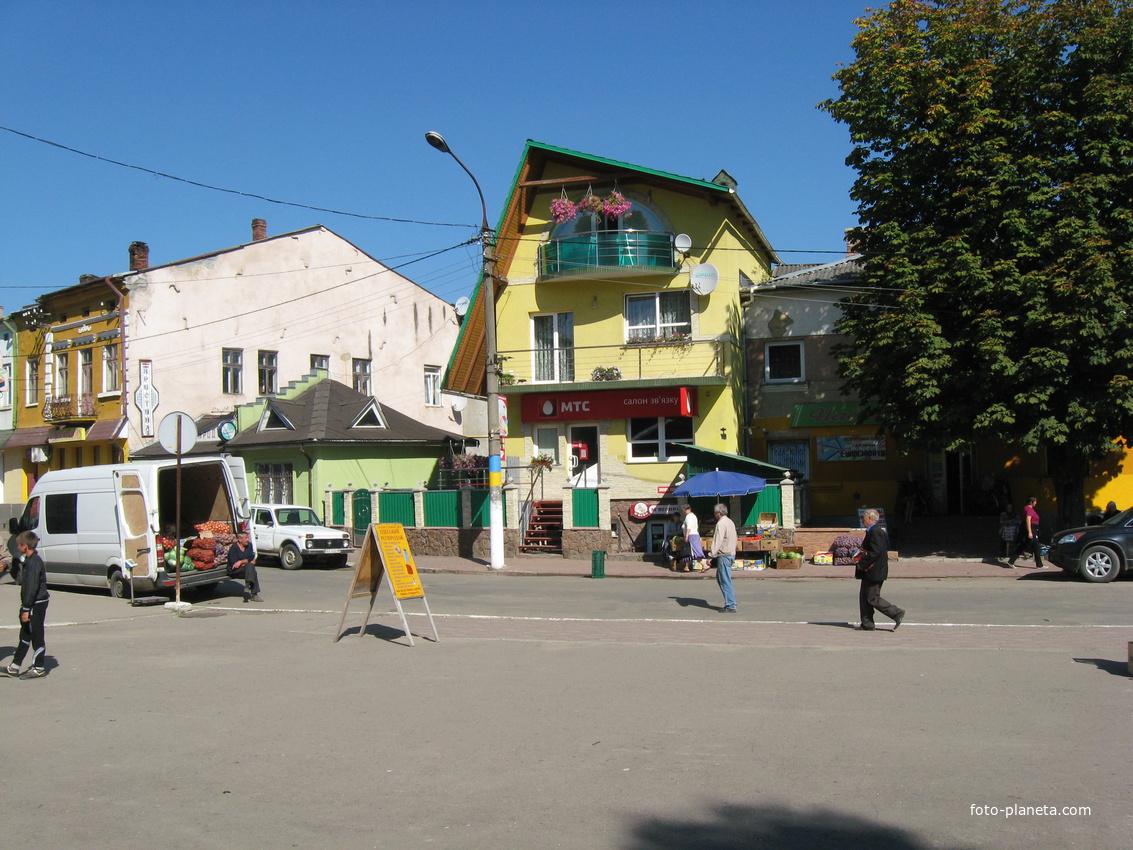 Центр | Турка (Турковский район)
