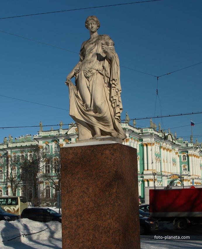 Скульптура Флоры Фарнезской
