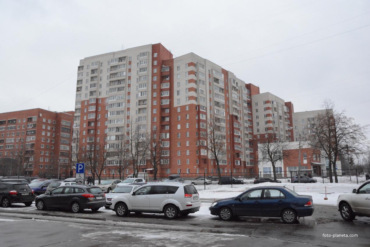 Улица Бутлерова.