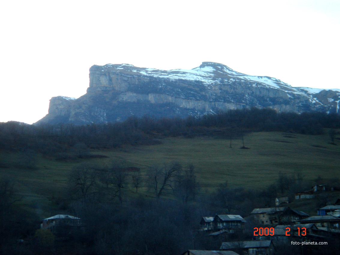 Гора Орта-ял