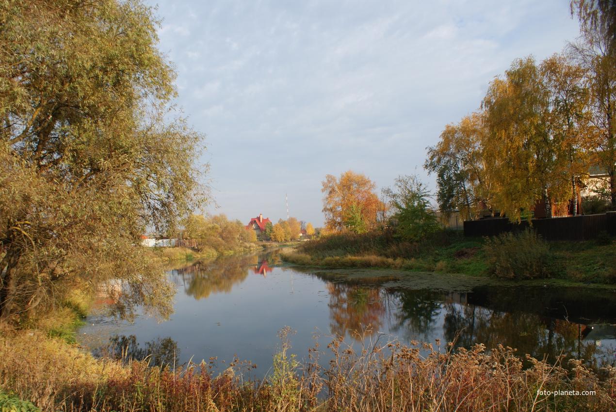 Покровское Истринский район. Осень.