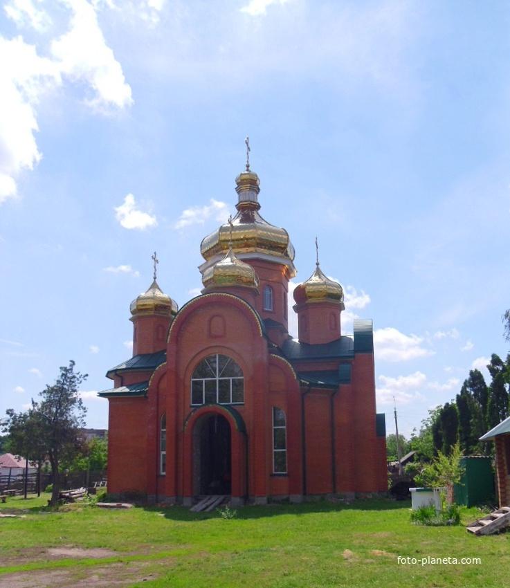 Будівництво церкви.